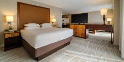 Hyatt-Regency-Miami-P270-Suite